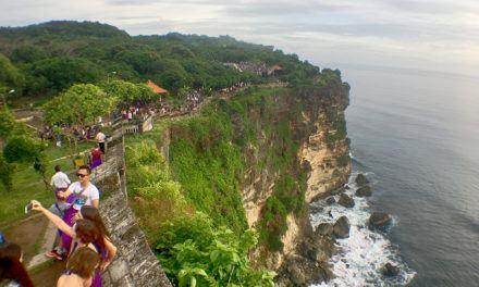 Day Trip in Bali — Uluwatu